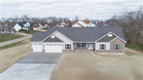 Photo of 447 Bluff Drive, Troy, MO 63379 (MLS # 20076701)
