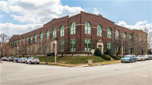 Photo of 4242 Laclede Avenue #208, St Louis, MO 63108 (MLS # 21032705)