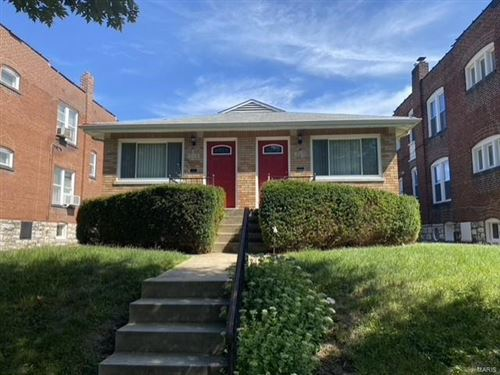Photo of 1026 Commodore, St Louis, MO 63117 (MLS # 21051710)