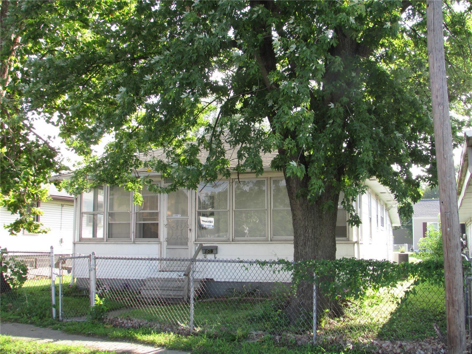 109 Shamrock Street, East Alton, IL 62024 - MLS#: 21061710