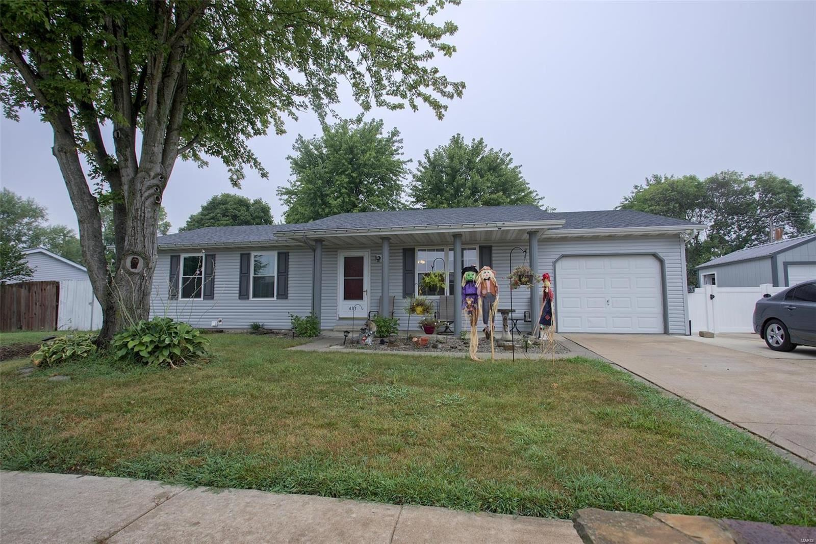 433 Orchard Court, Troy, IL 62294 - #: 21062710