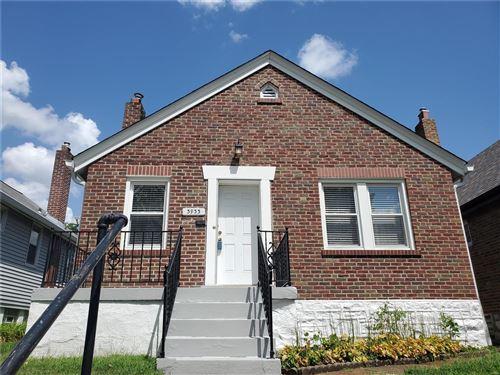 Photo of 3933 Eiler Street, St Louis, MO 63116 (MLS # 21052713)