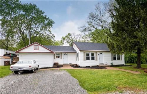 Photo of 33 Stoll Lane, St Peters, MO 63376 (MLS # 21024727)