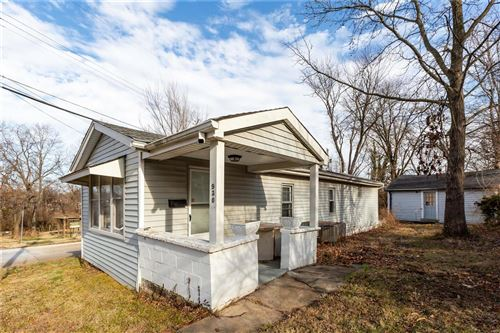 Photo of 930 Cornell Avenue, Webster Groves, MO 63119 (MLS # 20090732)