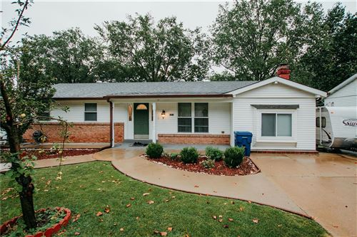 Photo of 3931 Will Ave, Mehlville, MO 63125 (MLS # 21062734)