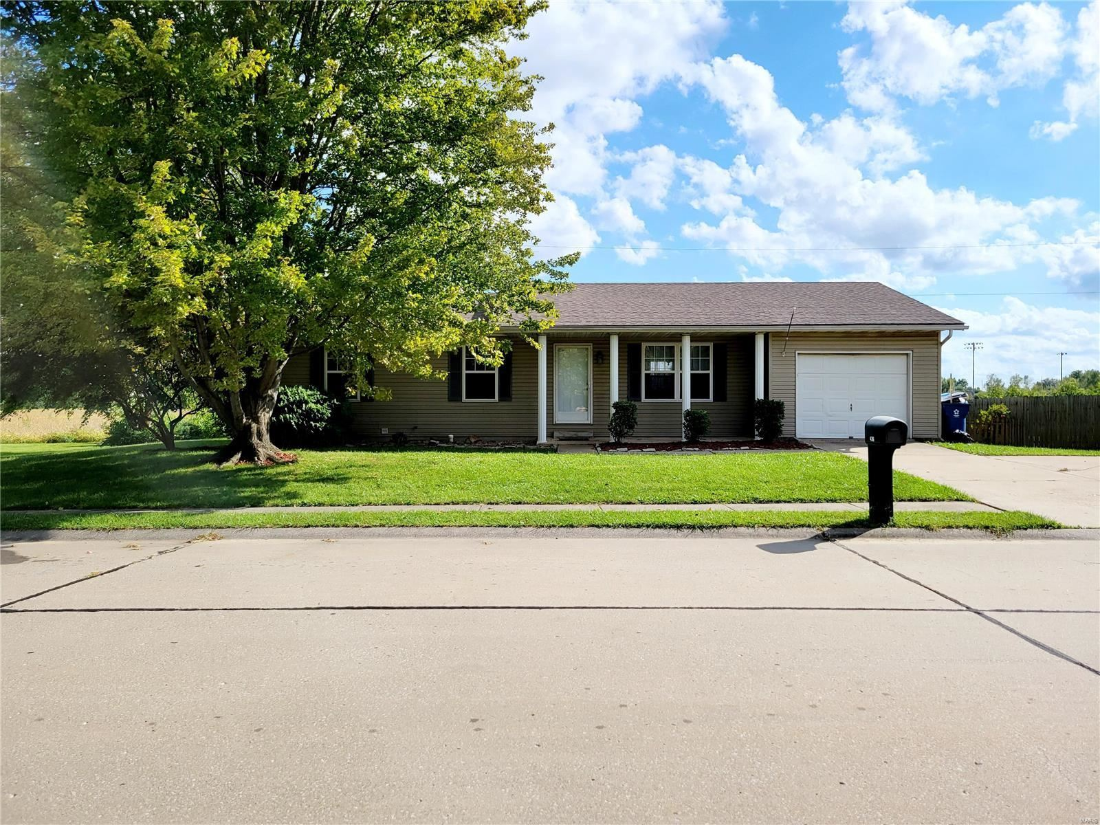 436 Orchard Ct, Troy, IL 62294 - #: 21064735