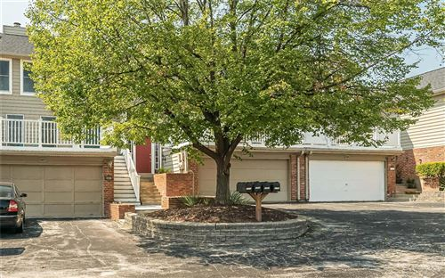 Photo of 2205 Clayville Court, Chesterfield, MO 63017 (MLS # 21065737)