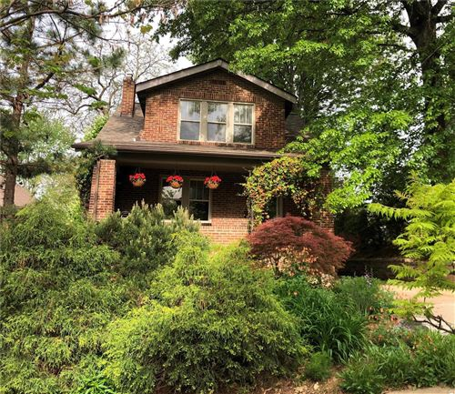 Photo of 1729 Beulah Place, St Louis, MO 63117 (MLS # 21002779)