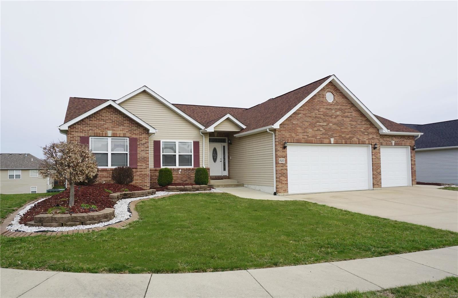 1920 Crimson Oak Drive, Maryville, IL 62062 - MLS#: 20016780