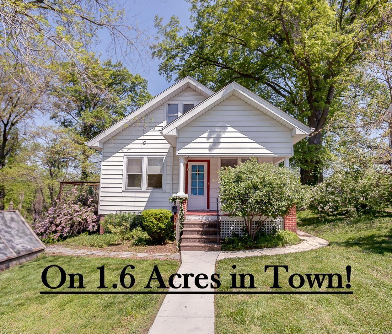 319 W Linden Street, Edwardsville, IL 62025 - #: 21031782