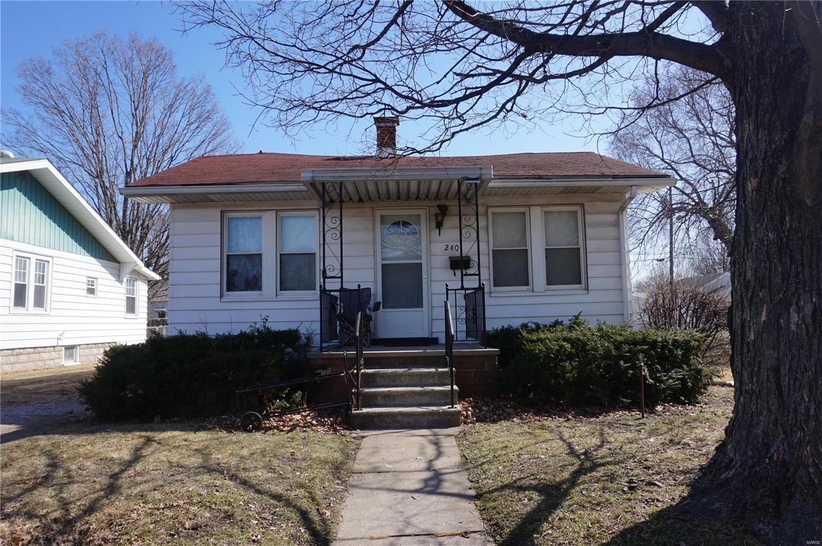 240 Ohio, East Alton, IL 62024 - MLS#: 21013794