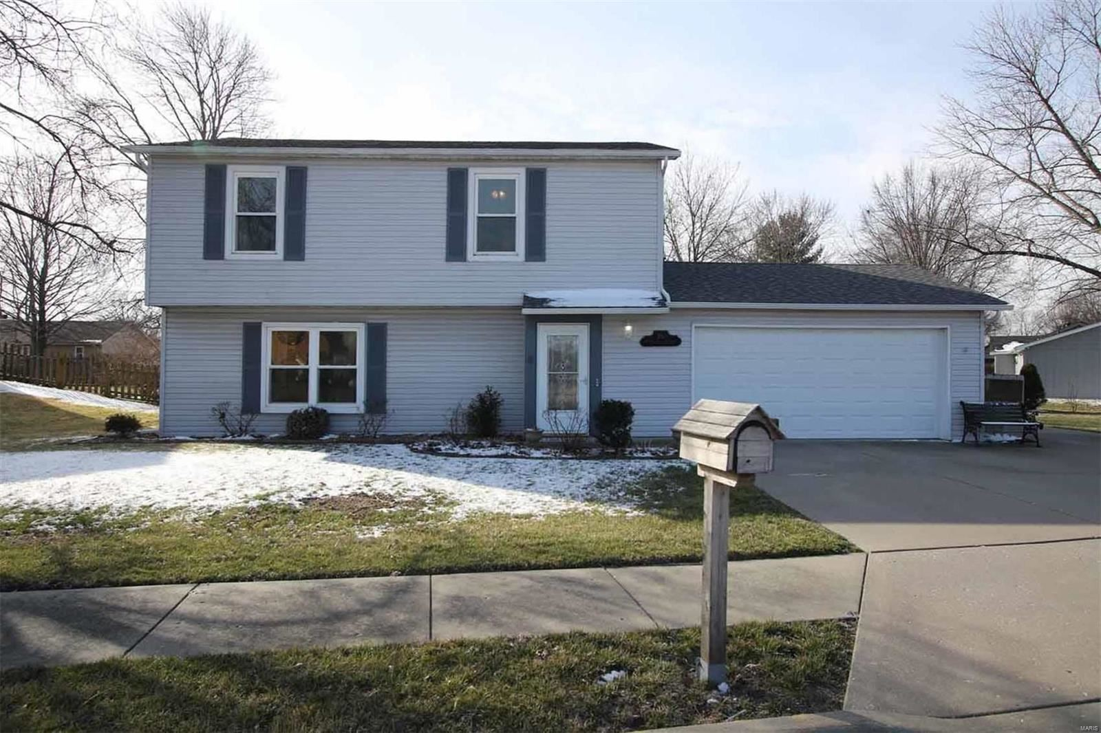 6913 West Main Street, Maryville, IL 62062 - MLS#: 20012801
