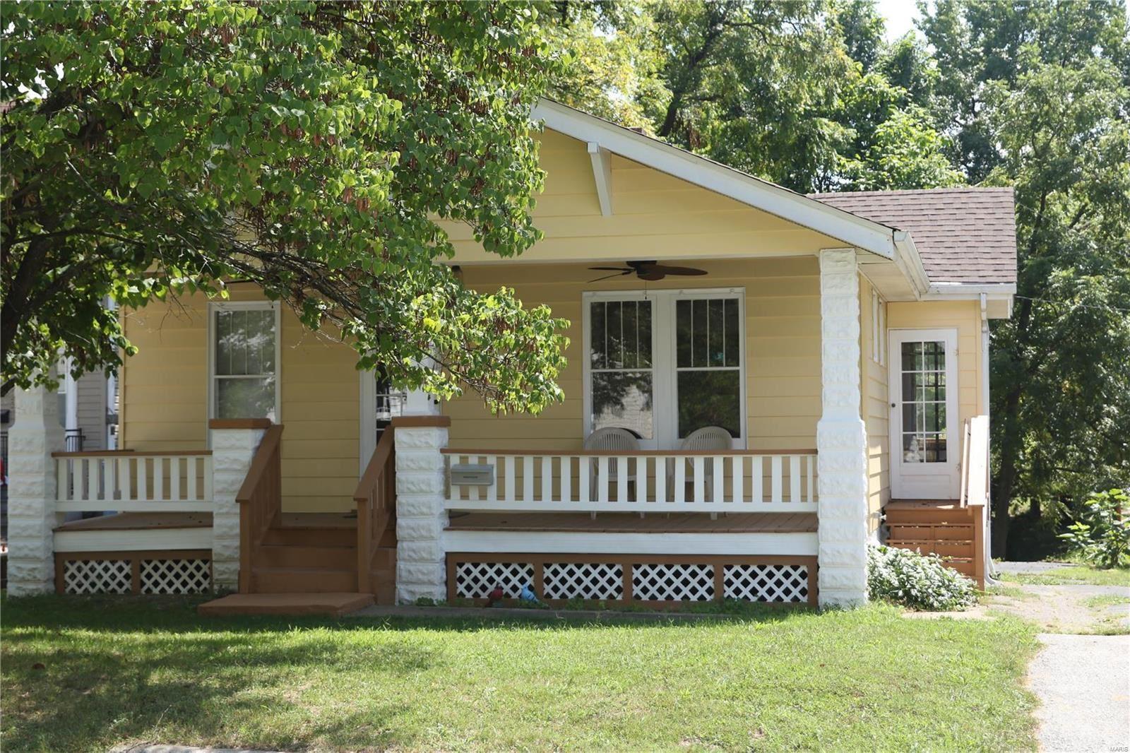 600 Dewey Avenue, Edwardsville, IL 62025 - MLS#: 21063803