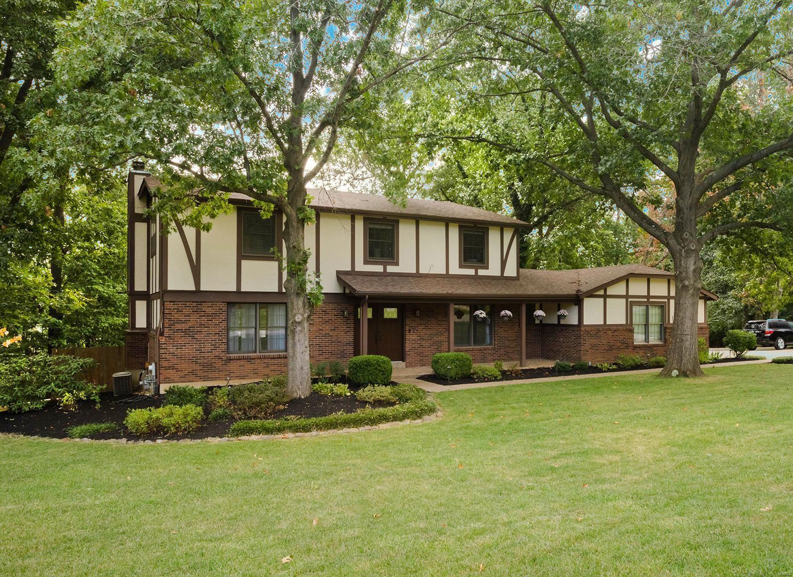 57 Oak Springs, Saint Charles, MO 63304 - #: 21065811