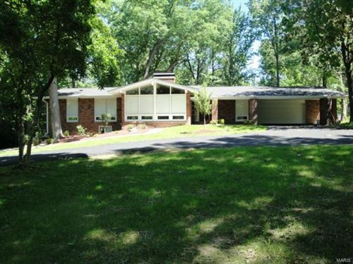 Photo of 13427 Conway Road, Town and Country, MO 63141 (MLS # 21030815)