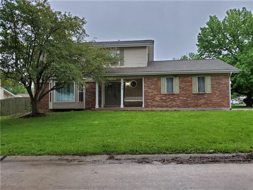 Photo of 828 Summerview Drive, St Charles, MO 63304 (MLS # 20034819)