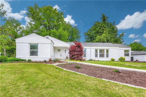 Photo of 12 Pricemont Drive, Olivette, MO 63132 (MLS # 20088823)