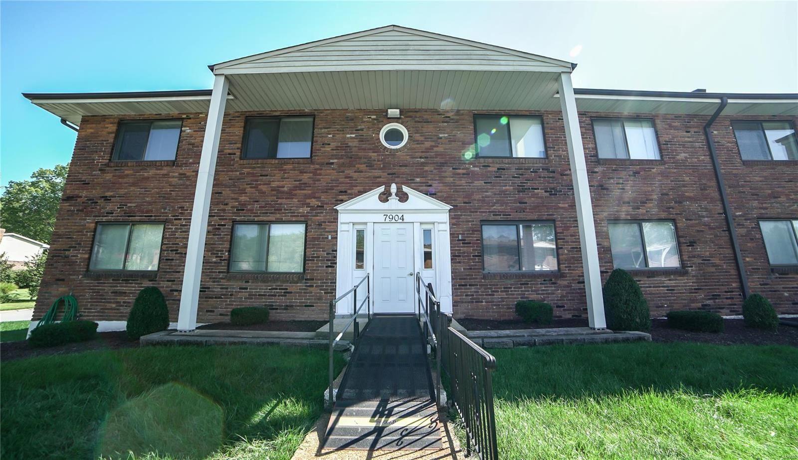 7904 Camelot Lane, Saint Louis, MO 63123 - MLS#: 21073825