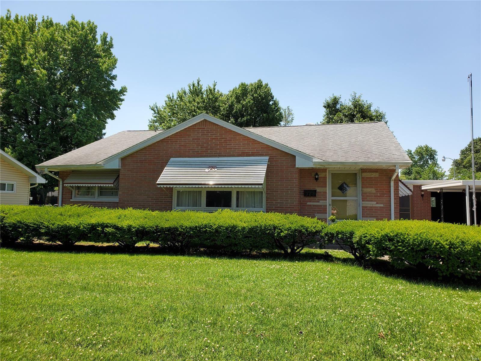 306 Crestwood Drive, Collinsville, IL 62234 - MLS#: 20041831