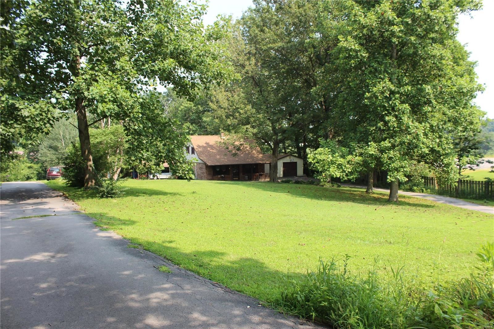 Photo of 4850 State Highway W, Cape Girardeau, MO 63701 (MLS # 21052832)