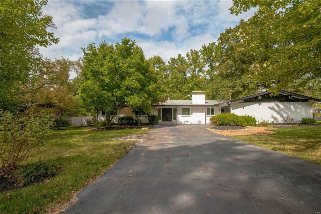 10311 North Sunswept Drive, Creve Coeur, MO 63141 - MLS#: 19078837