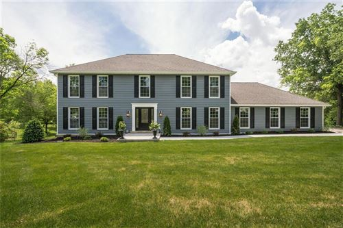 Photo of 13716 Corrington, Town and Country, MO 63017 (MLS # 21021839)