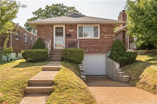 Photo of 4644 Holly Hills Avenue, St Louis, MO 63116 (MLS # 20069841)
