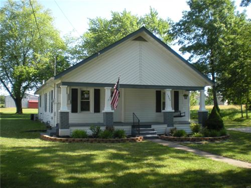 Photo of 11806 West Locust, Bowling Green, MO 63334 (MLS # 21044843)