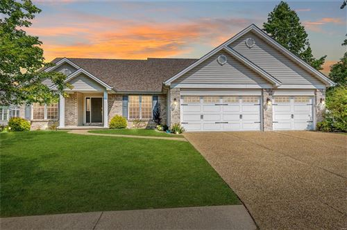 Photo of 45 Creekside Drive, St Peters, MO 63376 (MLS # 21062856)