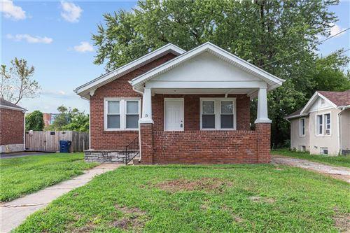 Photo of 15 Lee Avenue, Ferguson, MO 63135 (MLS # 21063858)