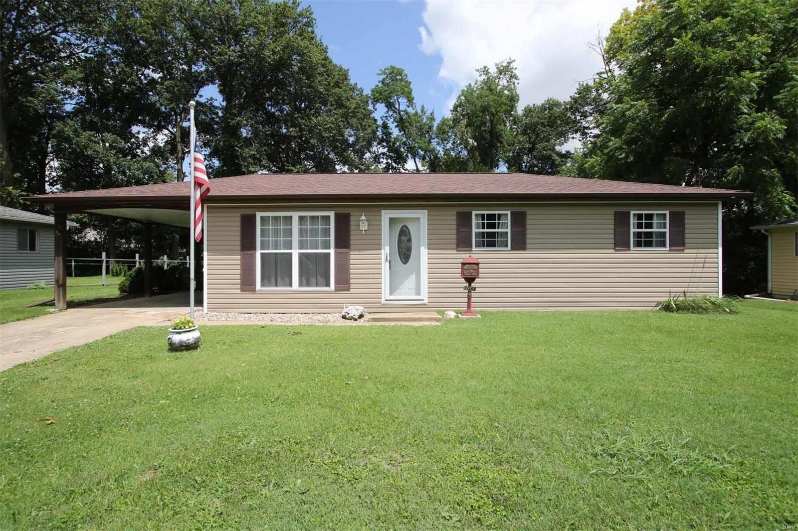106 Village Drive, Collinsville, IL 62234 - MLS#: 21048865