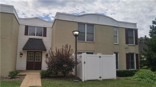 Photo of 14524 Cazado Unit #D, Chesterfield, MO 63017 (MLS # 21030871)