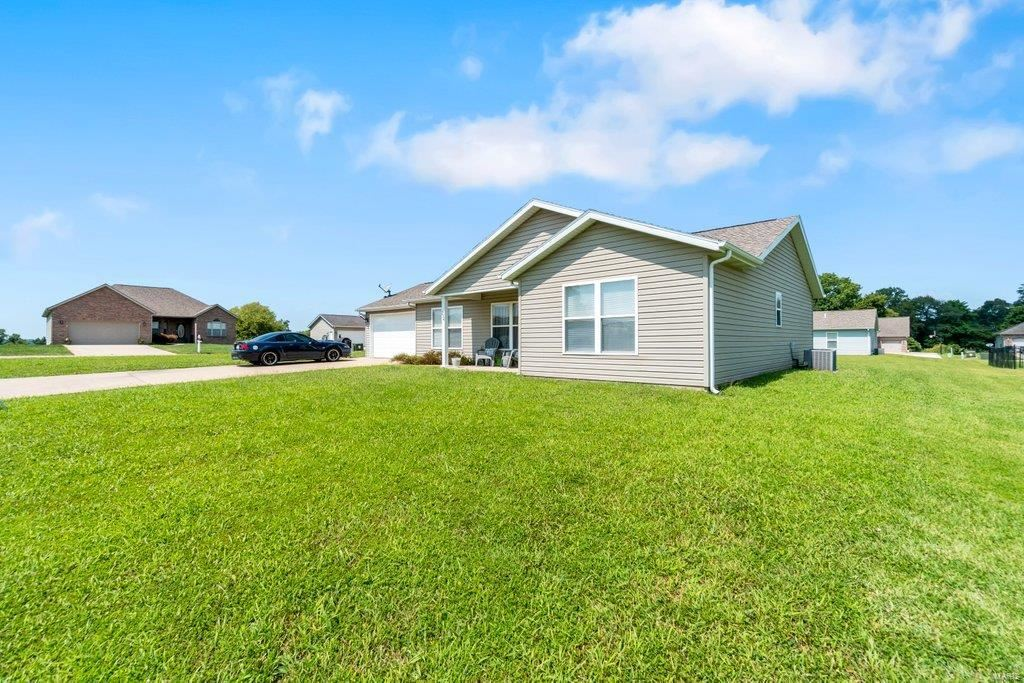 Photo of 234 Willow Heights, Cape Girardeau, MO 63701 (MLS # 21058871)