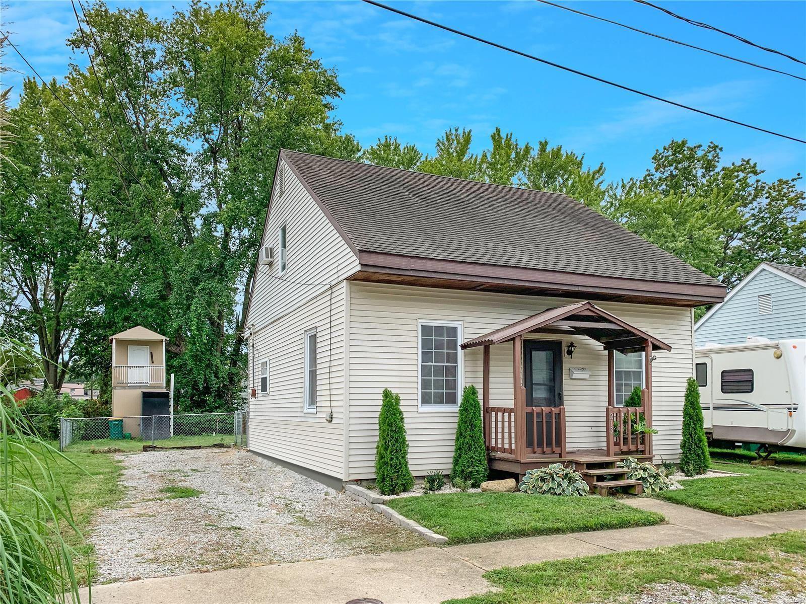 213 W Fourth Street, OFallon, IL 62269 - MLS#: 21063871
