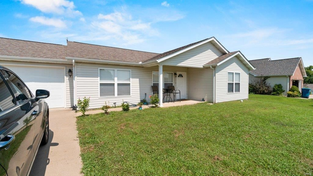 Photo of 176 Willow Heights, Cape Girardeau, MO 63701 (MLS # 21058872)