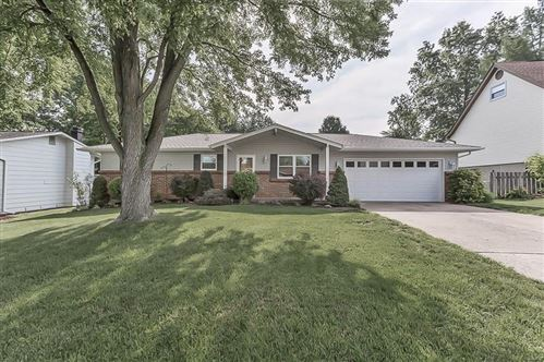 Photo of 32 Heather, St Peters, MO 63376 (MLS # 21003874)