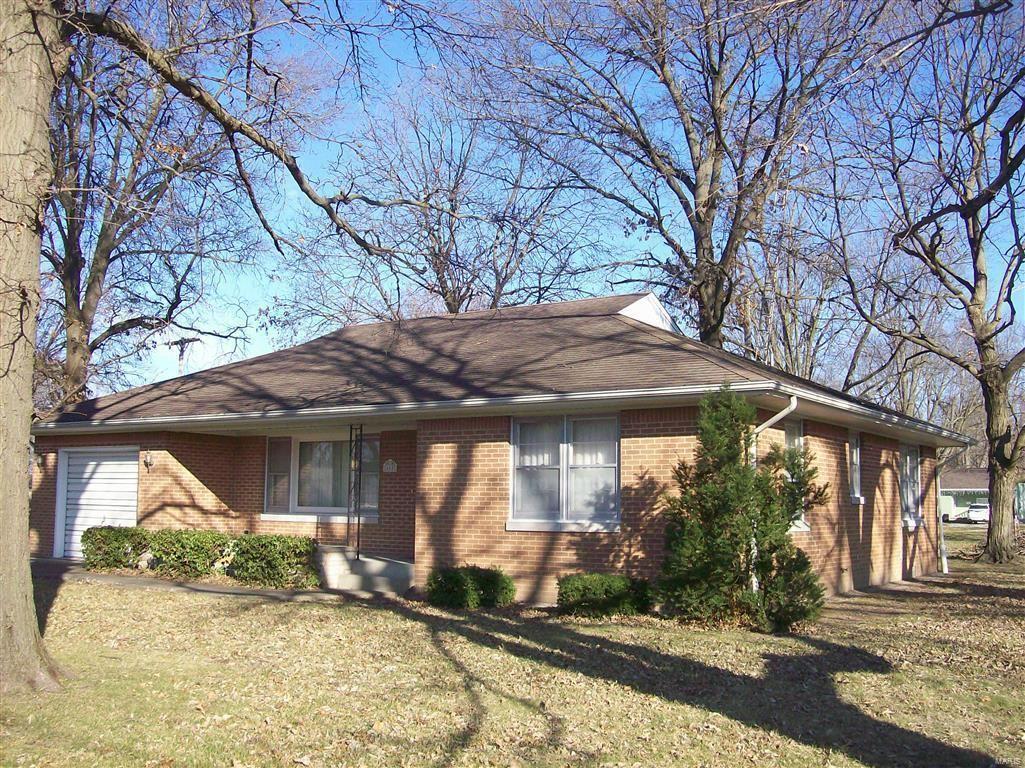 600 North Spruce Street, Nokomis, IL 62075 - MLS#: 20087895