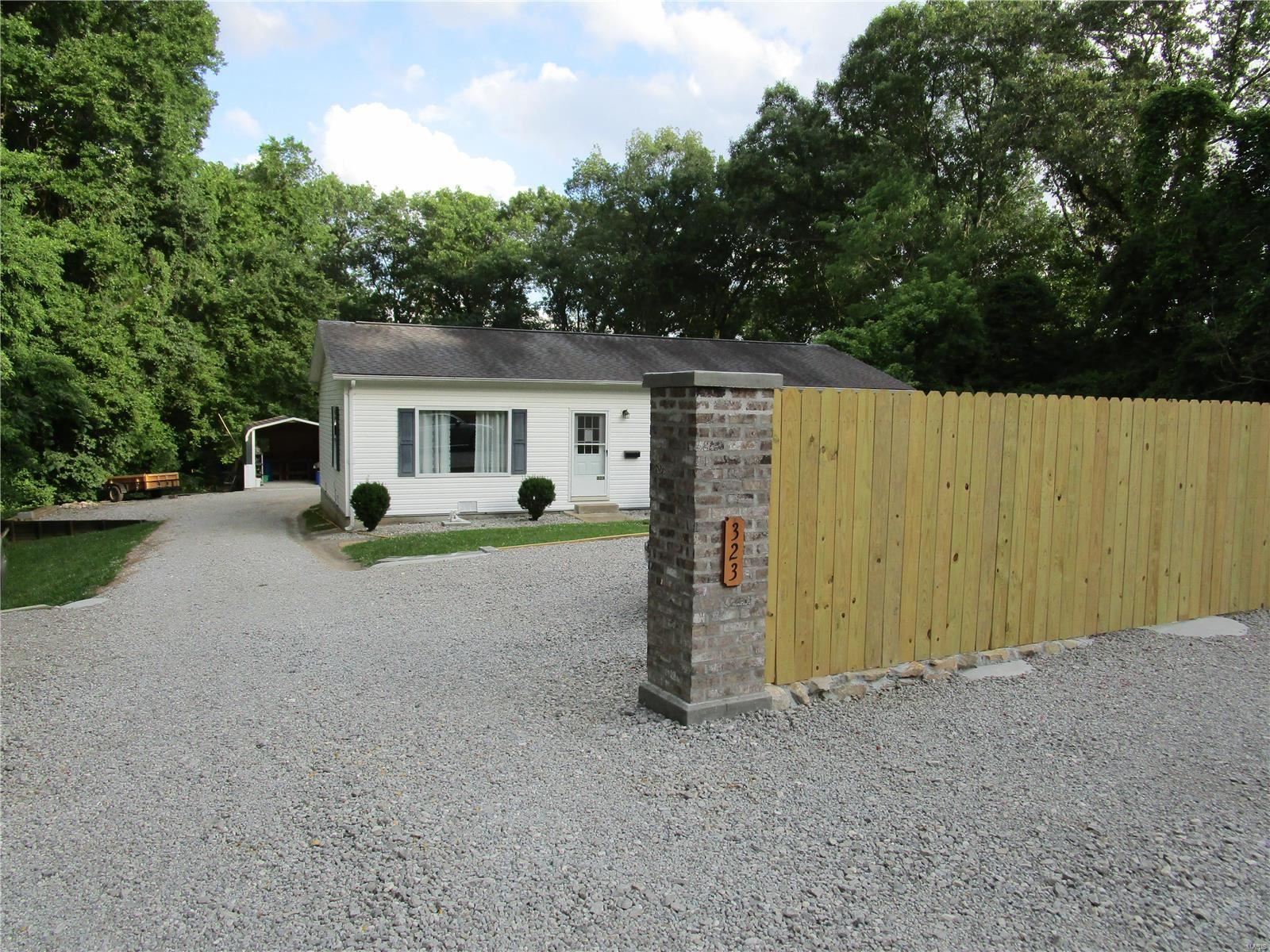 323 Mullins Rd., Chester, IL 62233 - MLS#: 21004907