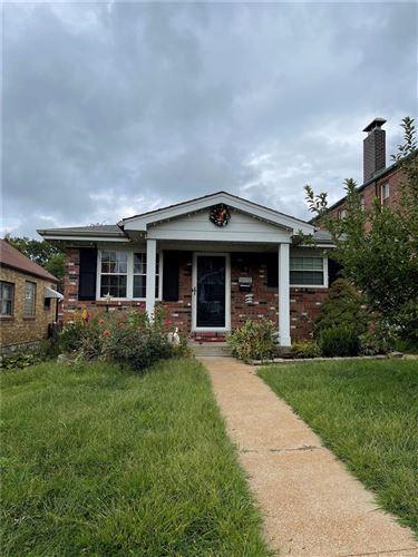 Photo of 3837 Blow Street, St Louis, MO 63116 (MLS # 21067914)