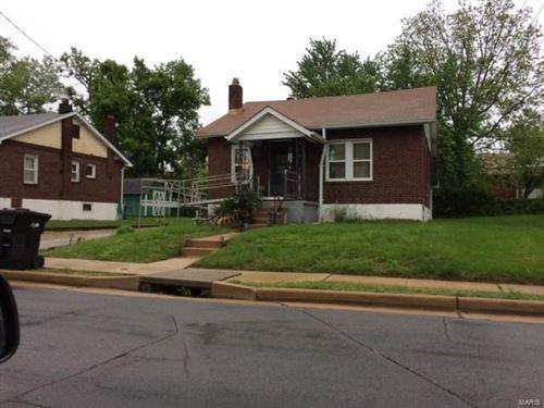 Photo of 7615 Fairham Avenue, St Louis, MO 63130 (MLS # 21072918)