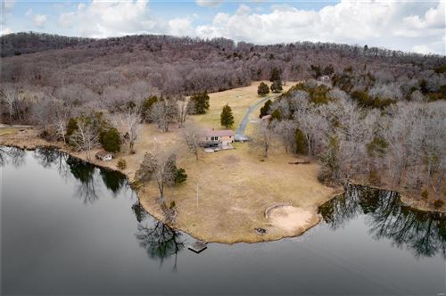Photo of 1945 Casey's cove Lane #NOT IN SUBDIVISION, Pacific, MO 63069 (MLS # 21002928)