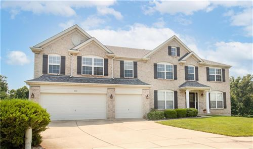 Photo of 400 Olde Court Road, St Charles, MO 63303 (MLS # 21052928)