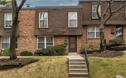 Photo of 13552 Coliseum, Chesterfield, MO 63017 (MLS # 21003959)