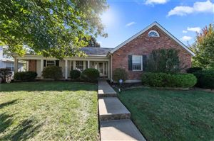 Photo of 18 Carriage Way, St Peters, MO 63376 (MLS # 19077968)