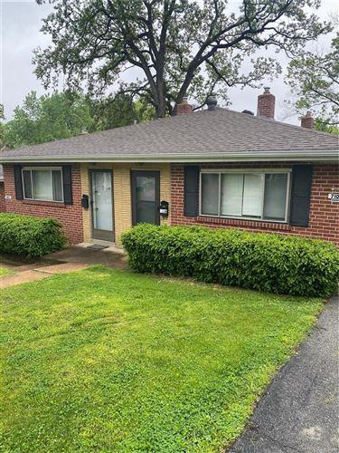 Photo of 7104 Plateau Avenue, St Louis, MO 63117 (MLS # 21046968)