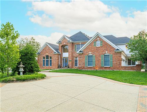 Photo of 2301 N Ballas, Town and Country, MO 63131 (MLS # 21043980)