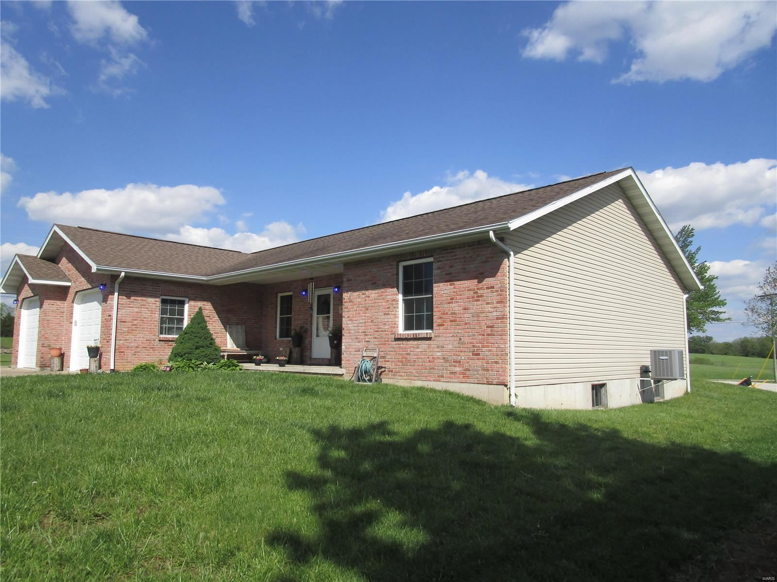 Photo of 9 Rambling Hills, Perryville, MO 63775 (MLS # 21029981)