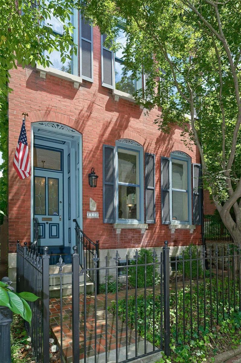 2312 S 11th Street, Saint Louis, MO 63104 - MLS#: 21055983