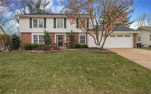 Photo of 15476 Country Ridge Drive, Chesterfield, MO 63017 (MLS # 19088997)