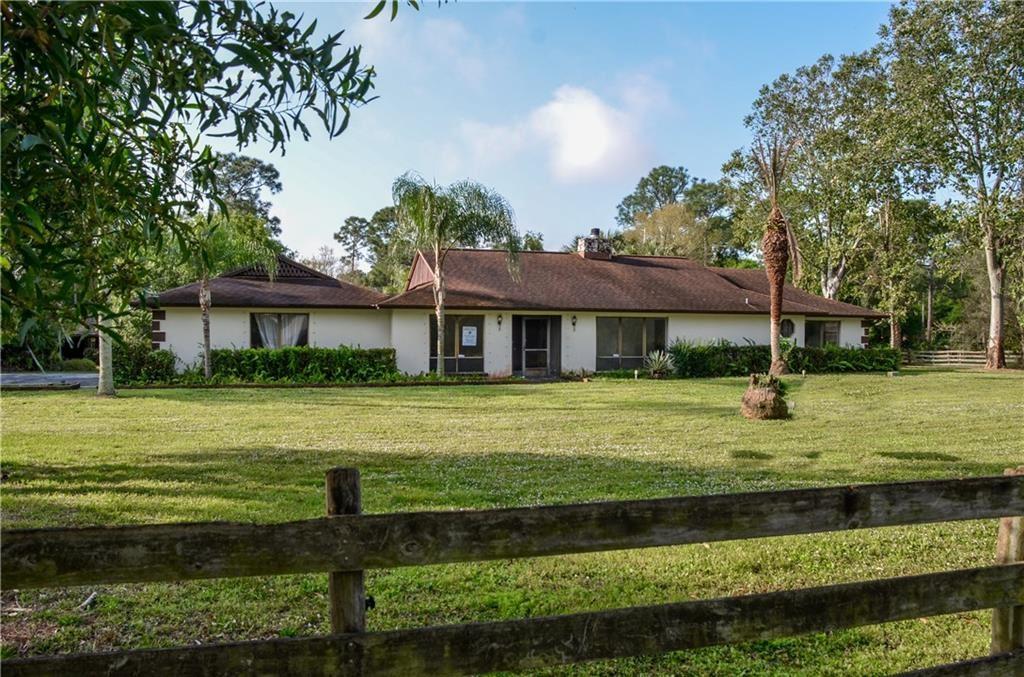 10904 SW Hawkview Circle, Stuart, FL 34997 - #: M20022019
